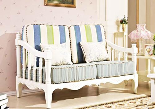 家庭装修如何挑选布艺沙发